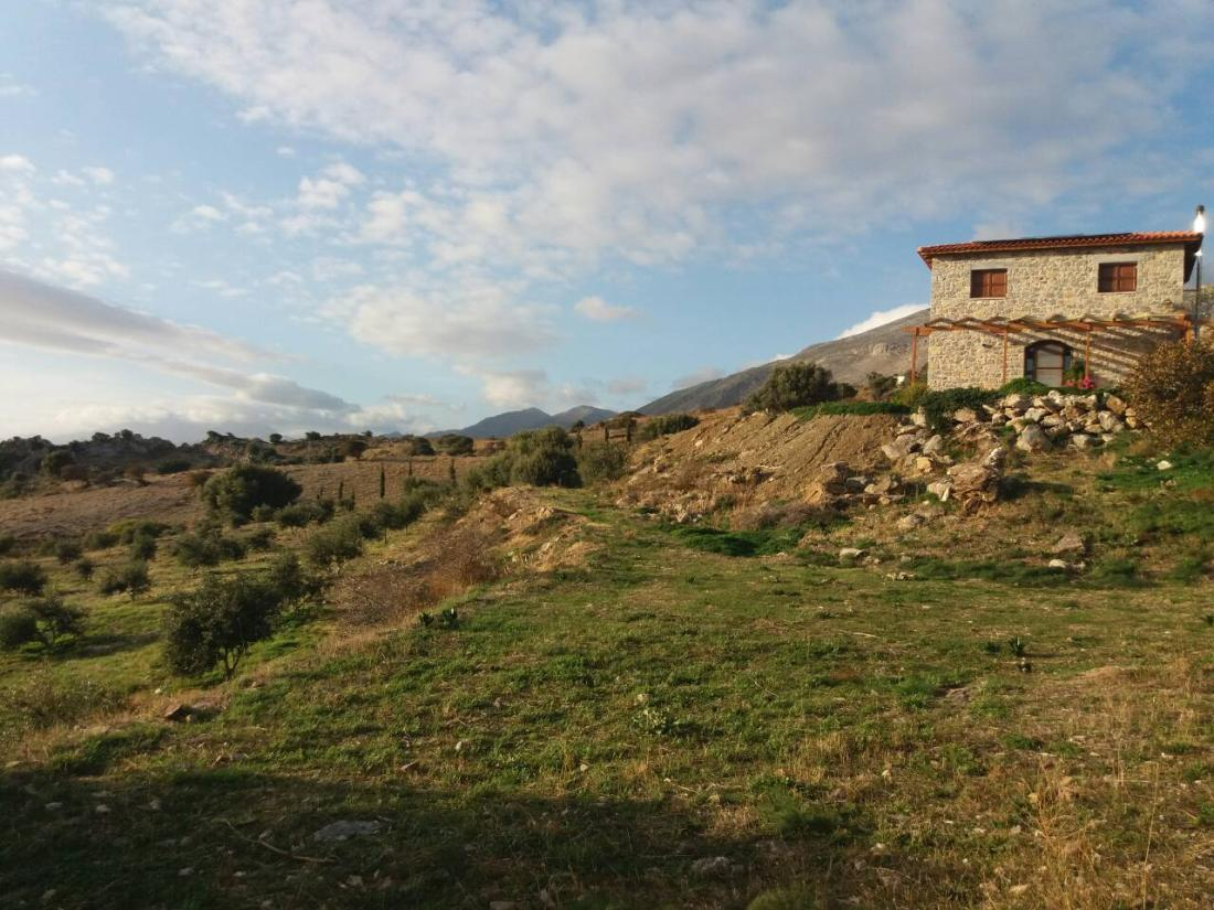 Akonize - House for rent in South Crete, Greece
